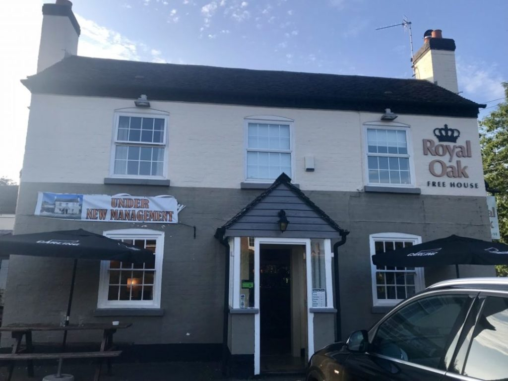 Our Local Pub Under New Management: Dinner at The Royal Oak Kinnersley | Severn Stoke