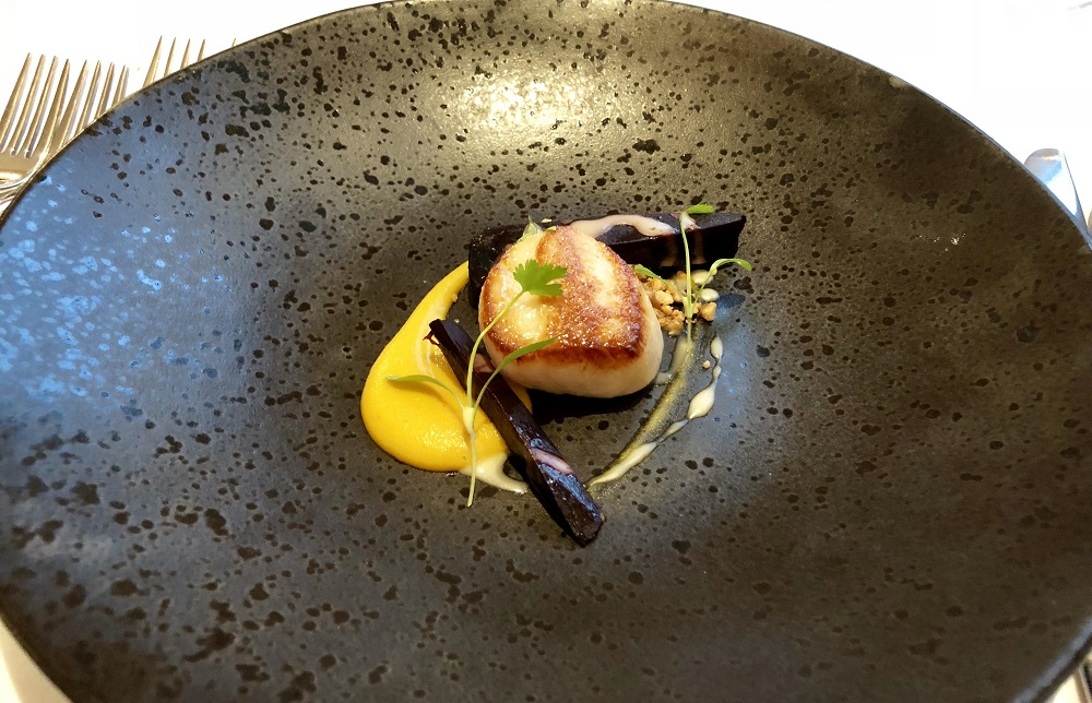 Brockencote pan fried scallop, heritage carrot, Ras el hanout, orange hazelnuts 1