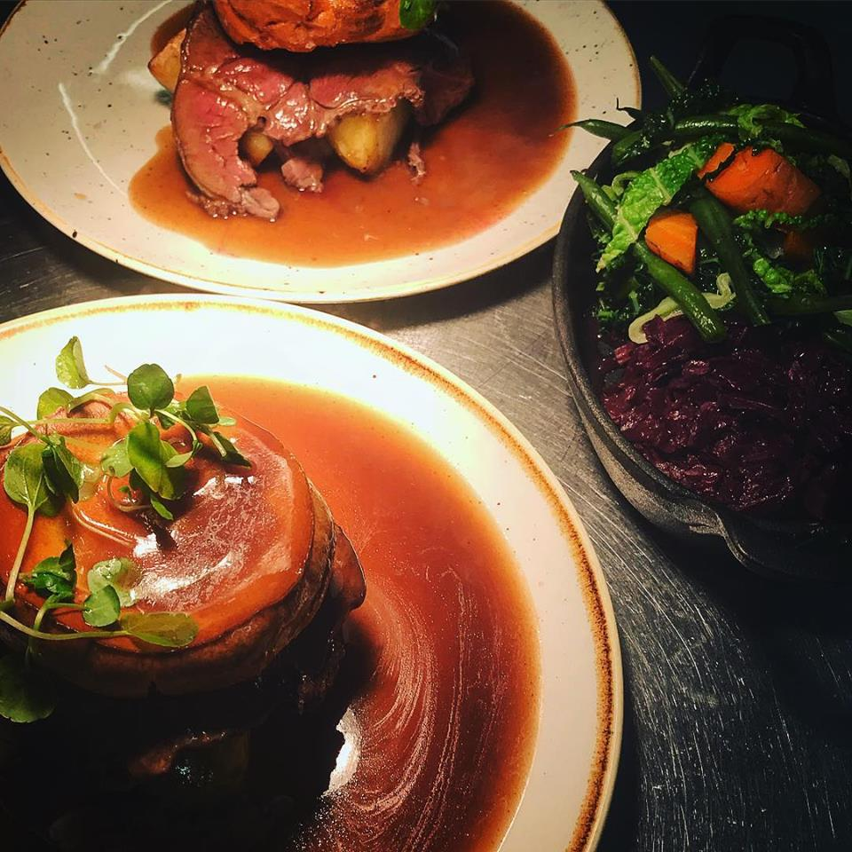 30 of the Best Sunday Lunch Roasts to in Worcestershire 10